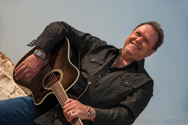 Singer Bernie Williams